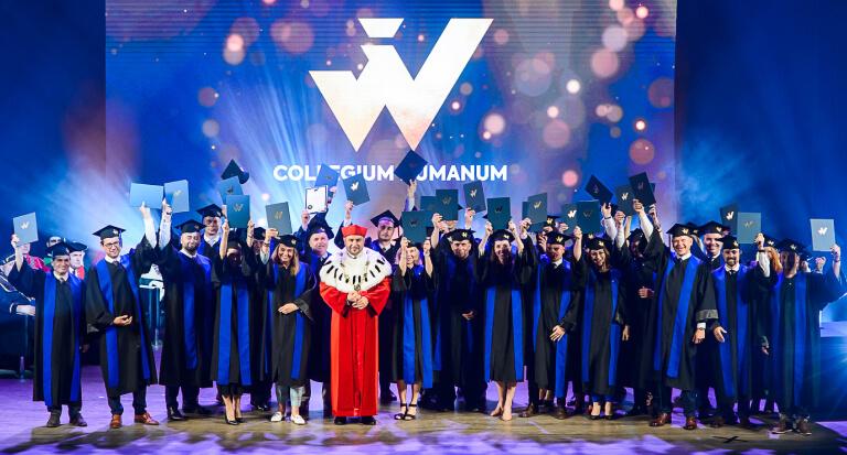 Uroczysta graduacja absolwentów studiów