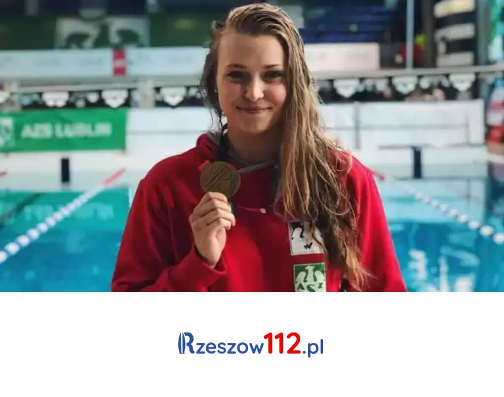Studentka zRzeszowa dwukrotną złotą medalistką wpływaniu
